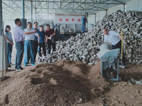 汉中市政协副主席鲜成军到西乡县调研生态文明示范区建设工作