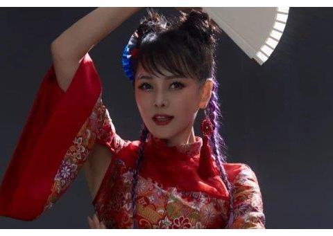 张雨绮三公舞台造型惊艳,蓝盈莹可盐可甜,张含韵却最吸睛