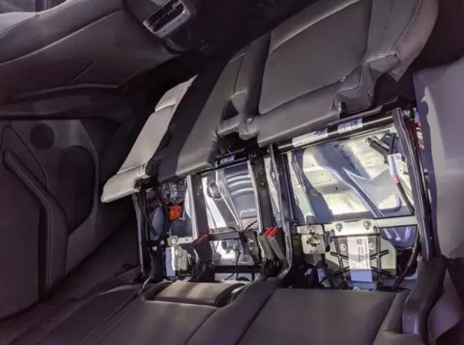 特斯拉VS传统汽车巨头,一场冰与火之歌