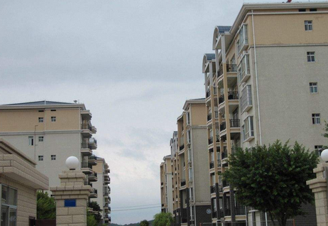 买房别买大户型了,有钱人喜欢投资小户型, 懊悔自己买早