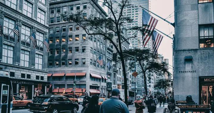 诺贝尔经济学奖获得者保罗•克鲁格曼:对自私的狂热正在杀死美国