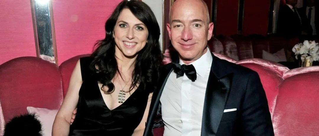 跟全球首富离婚一年后,她改掉了贝索斯的姓,捐出了120个亿…