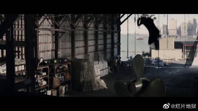 超凡蜘蛛侠燃点混剪:遭受最多的一代小蜘蛛……