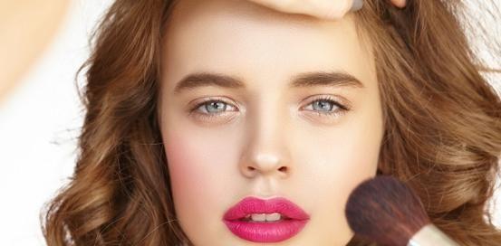 学什么技术好就业?化妆技术学起来难不难?