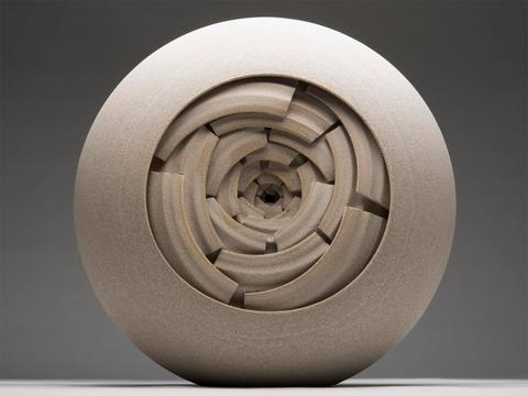英国陶艺家Chambers极具视觉冲击的陶艺作品欣赏