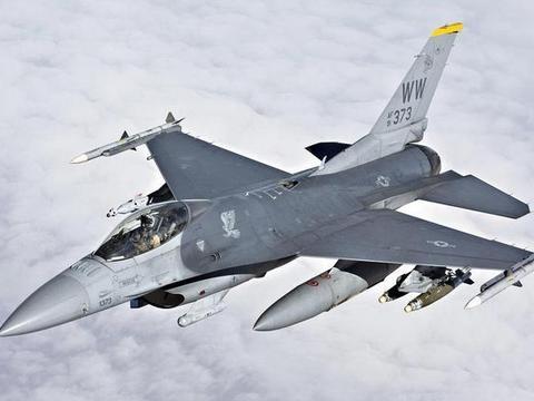 当初中国差点购买美国的F-16,为何最终放弃?原因很无奈