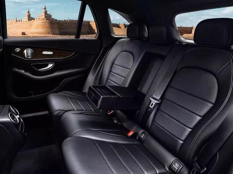 奔驰GLC:无可替代的豪华中级SUV王者
