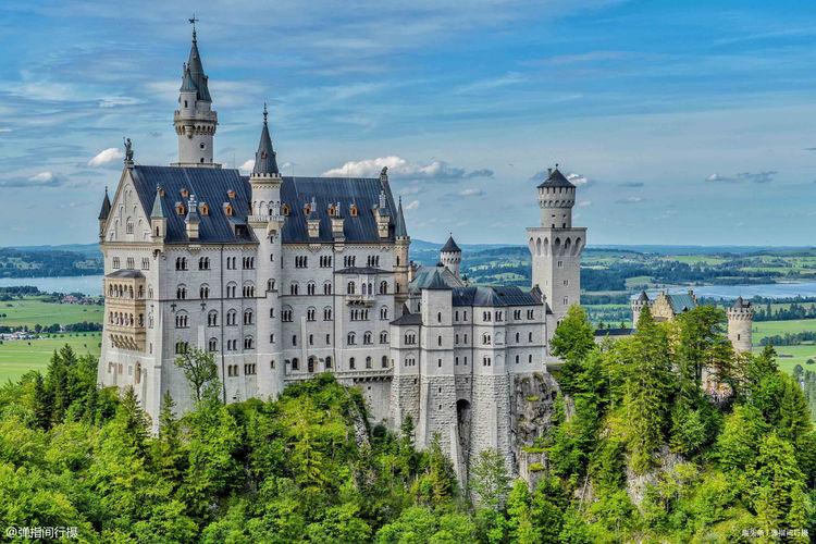 世界上最美的古堡,是周杰伦婚纱照拍摄地,无数游客为它来到德国