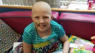 淋巴瘤夺去13岁女孩的视力听力,CAR-T疗法助她重返校园