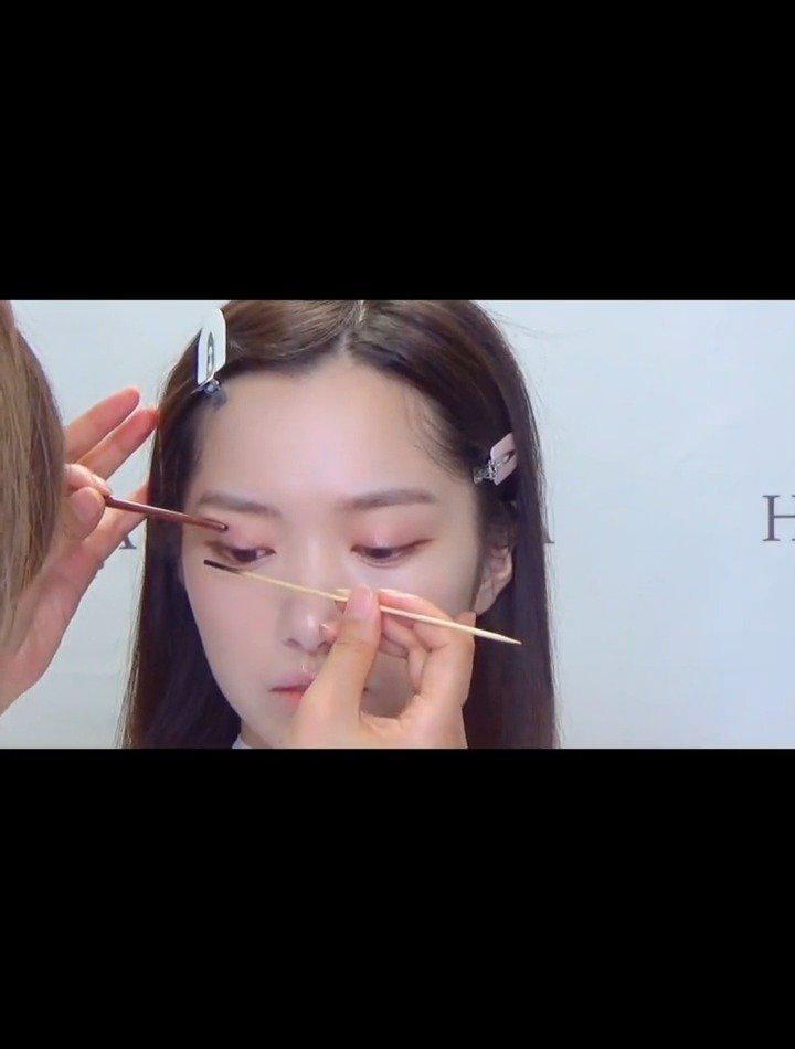 气质韩式妆容的教程分享 :荷玛彩妆