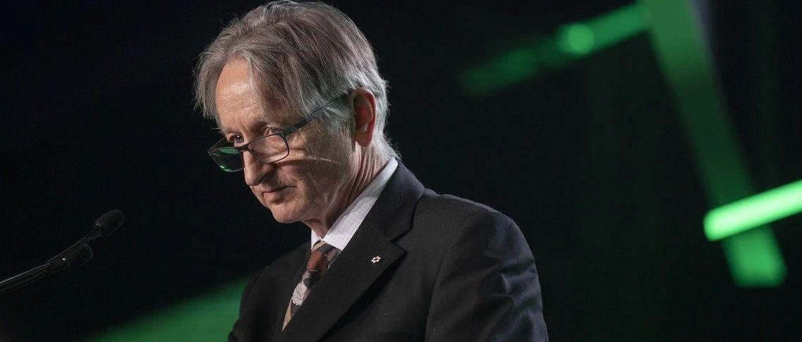 73岁Hinton老爷子构思下一代神经网络:属于无监督对比学习