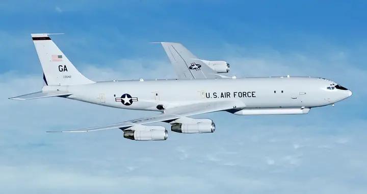 清晨嘉手纳基地警报响起,美军侦察机再次叫板,专家:后院已失火