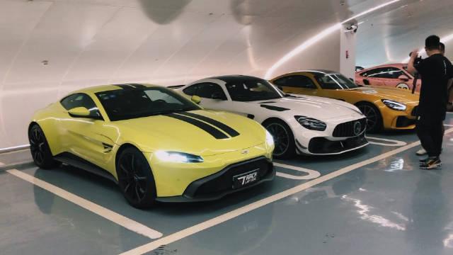 视频:AMG GTR系列和TA的英国私生子