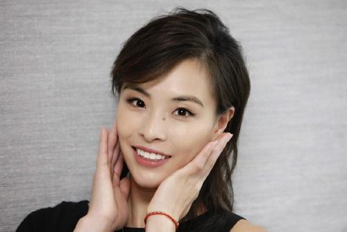超美!中国跳水女神新照曝光,生娃后依旧青春靓丽,少女感十足