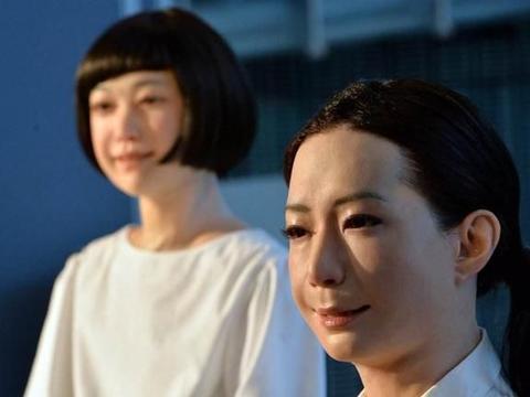 """""""女性机器人""""并非真人,为何很多男用户却表示:很好用?"""