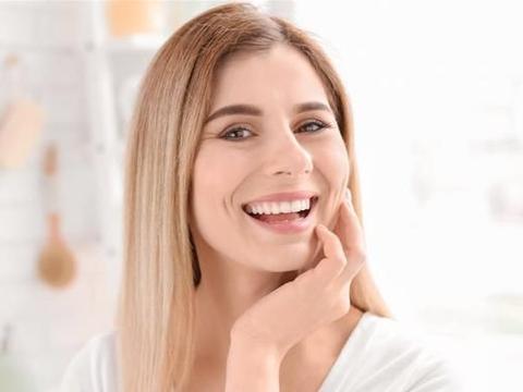 女人害怕脸上有黄褐斑?保持4个好习惯,黄褐斑不轻易长你脸上