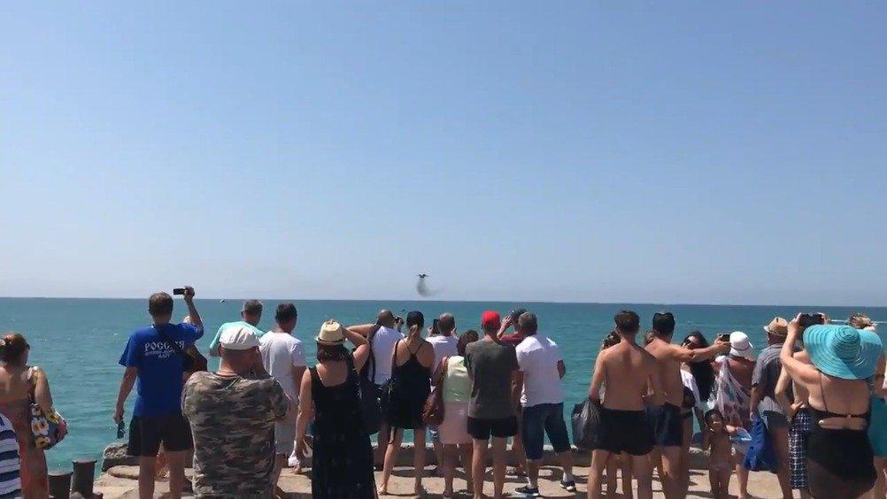 克里米亚海滩冲击波