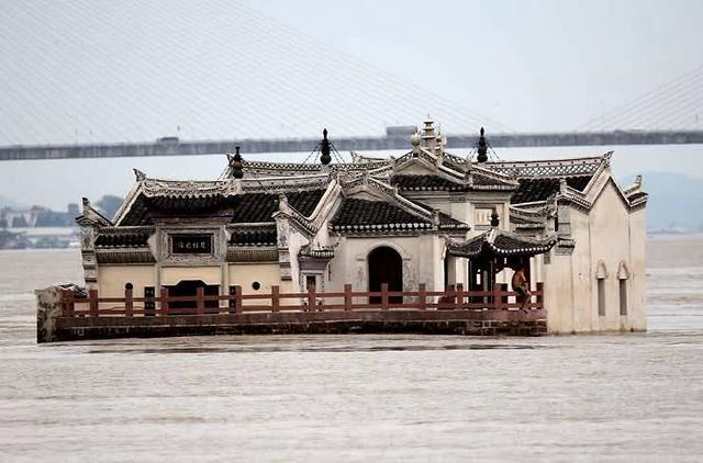 """湖北一700年古寺,历经洪灾仍屹立不倒,被称""""万里长江第一阁"""""""