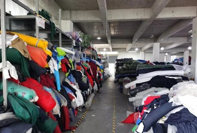 厉害了!广安区一服装企业7月份订单量超50万套