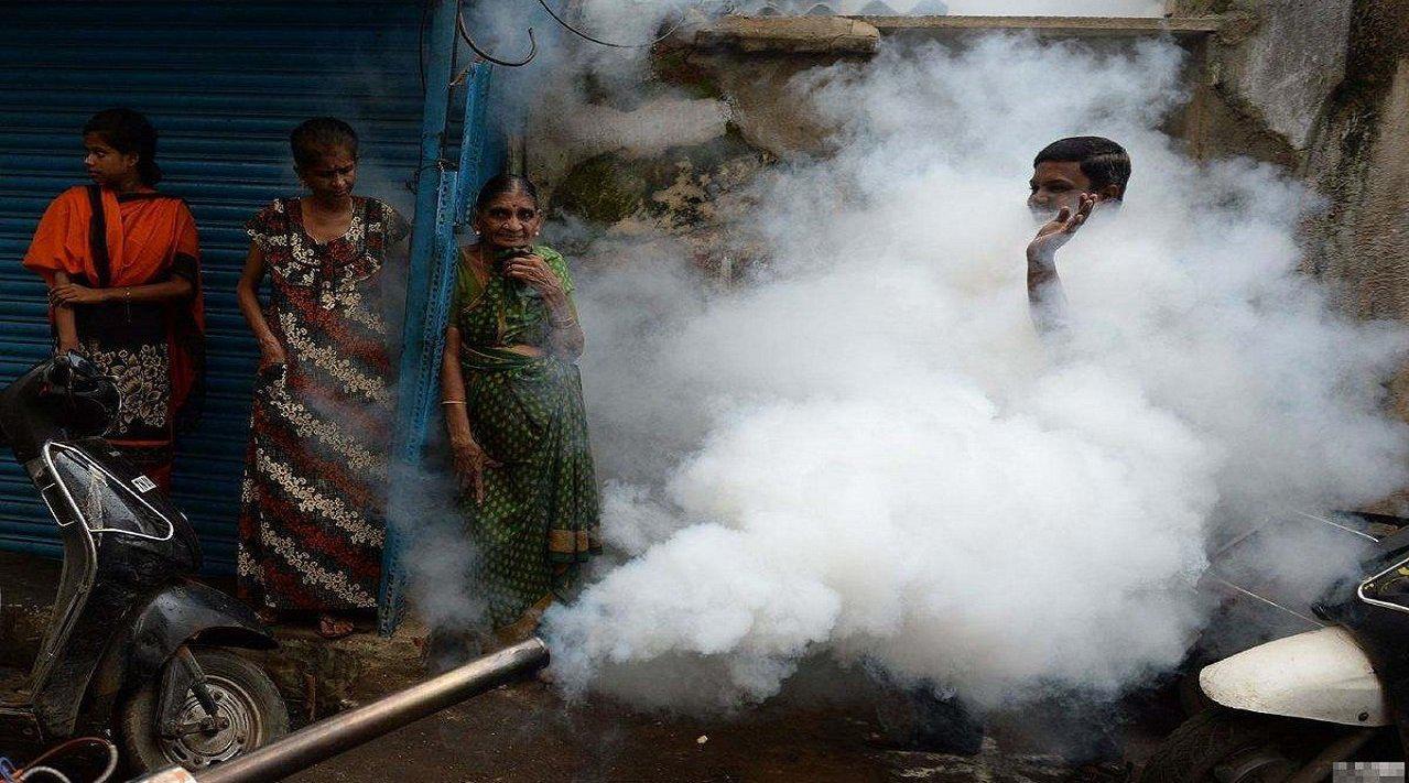 莫迪牛皮吹破了,刚称防疫全球最佳,孟买就曝出近三成人感染