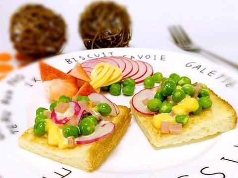 天天早餐水煮蛋?教你新吃法,简单烤一烤,懒人也能秀厨艺