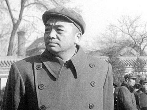 解放战争中五大野战军司令员,在土地改革时期,谁的职位高一些