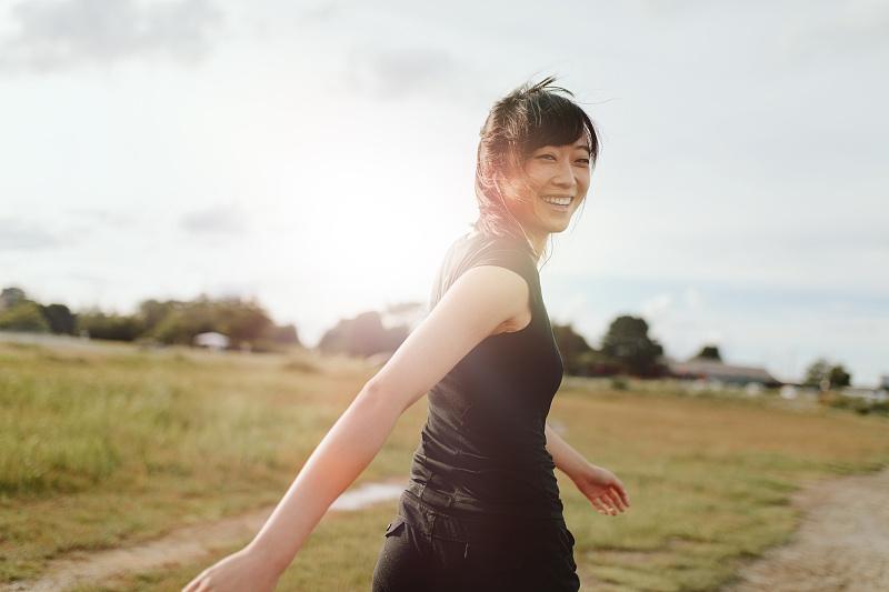 一个再普通不过的女生,如何通过健身,变身为魅力满分的女神?