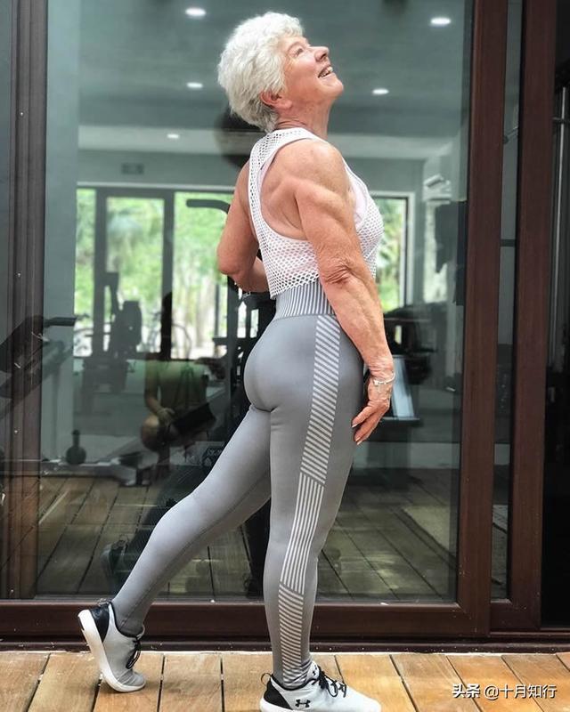 延缓衰老靠健身!一套动作练出完美臀腿线条,还能让你青春永驻
