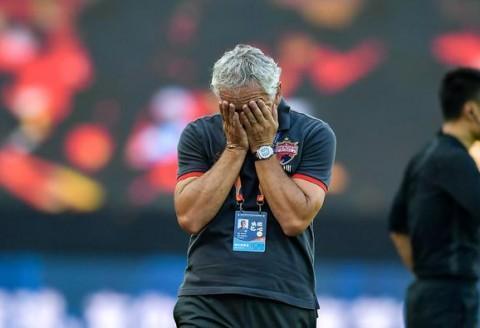 规律,只要裴帅首发的比赛,球队就难赢,深圳队为什么要引进他?