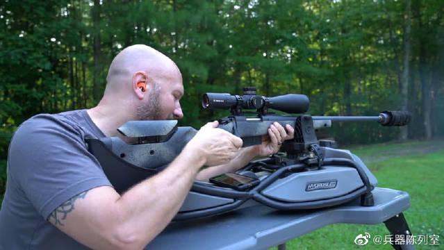 狙击步枪户外射击标靶,配备消音器与瞄准镜,声音小、精度高!