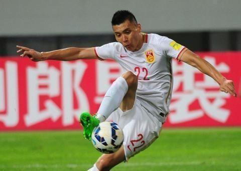 支持孩子们踢足球,国安铁卫找到贵州漂亮的老板,文筱婷欣然同意