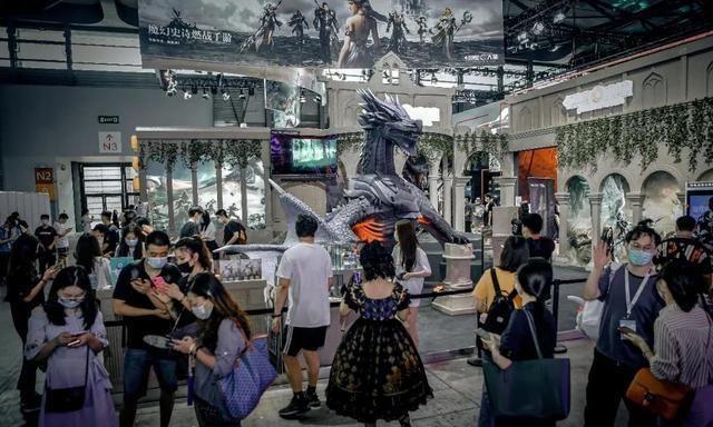 《新神魔大陆》CJ展台中世纪元素十足,游戏吉祥物过于庞大