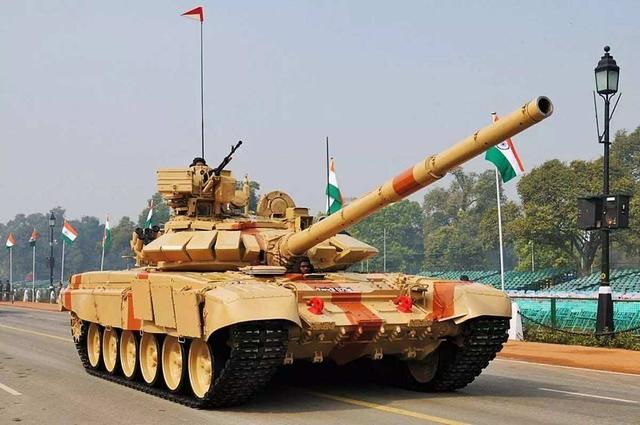 """VT-4坦克数量有限,巴基斯坦升级""""哈立德"""",足以应对印度T-90S"""