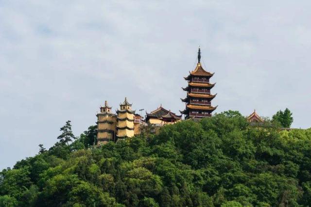 """江苏南通""""小周庄""""火了,华夏长寿第一镇,以""""一镇两治""""闻名"""