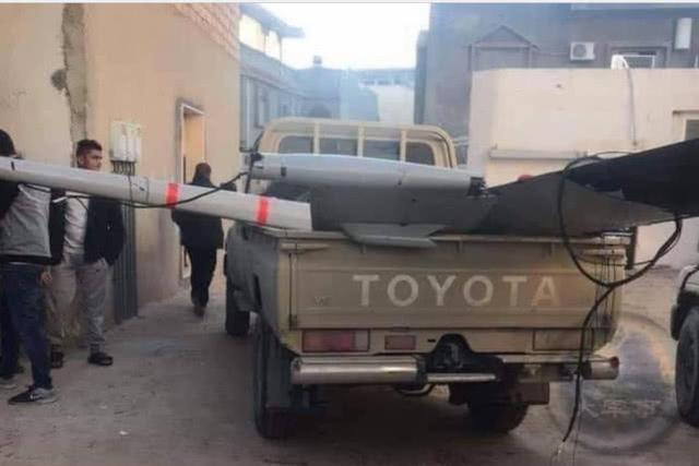 利比亚上演无人机大战:利民团军被炸惨了,国民军一样没占啥便宜