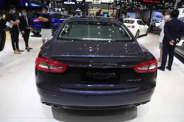 玛莎拉蒂Quattroporte总裁轿车,粤港澳大湾区车展实拍!