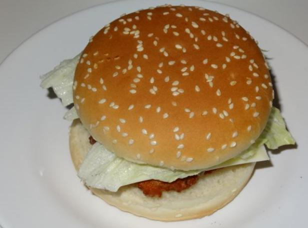 去年收入1600亿,汉堡王竟然卖过期食品,还是自制的汉堡安全放心