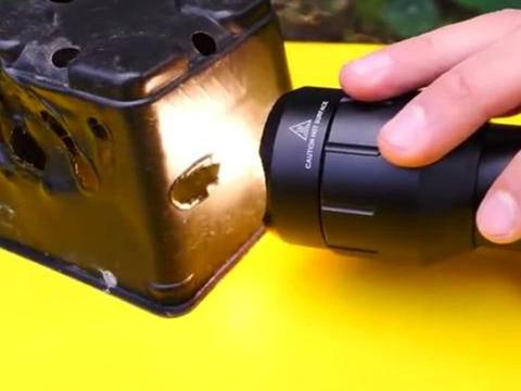 全球最亮的手电筒,最大功率能照亮800多米远地方,你见过吗!