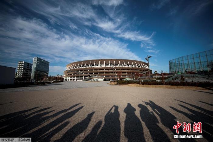 日本东京,2020年东京奥运会和残奥会主场馆日本国立竞技场。该场馆工期建设历时3年,于2019年11月30日宣布竣工,工程费用为1569亿日元(约合14.35亿美元)。
