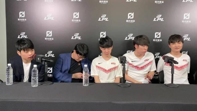 Q:LGD上次季后赛是在2016年春季赛……