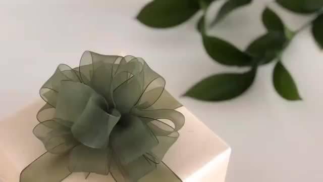 礼物包装的丝带花的打法,手残女孩也可以做得到