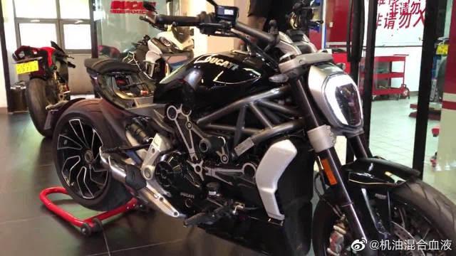 比宝马还贵的摩托车,看这造型设计,就知道它不简单!