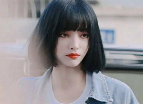 THE9成员再次换发型,许佳琪剪刘海,孔雪儿变黑发,喻言低调