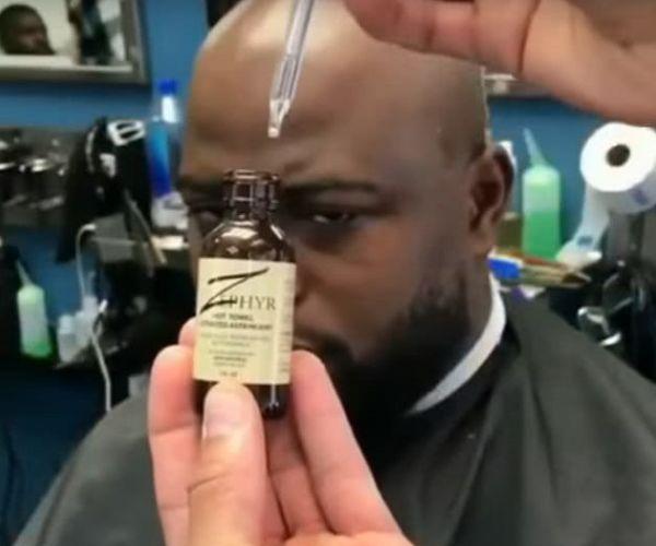 男子嫌自己的光头不亮找到老板,结果老板给上了瓶精油后变成这样