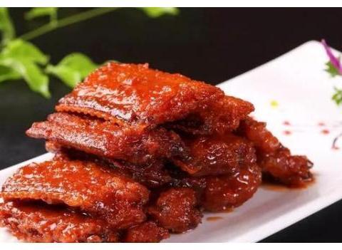 美食精选红烧带鱼、酸辣土豆丝、红烧冬瓜、糖醋虾