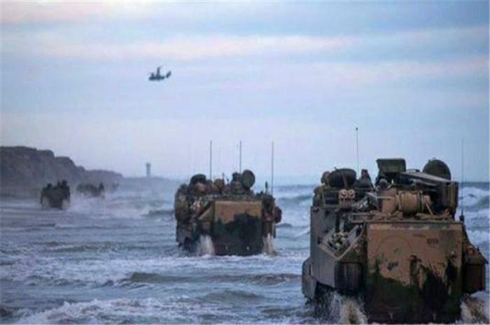16名美军突然沉入海底,次日美国救援队终止搜救:无生还可能