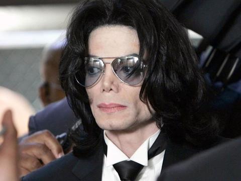 投身慈善未重视,猥亵男童惹报道,向迈克尔·杰克逊致歉:对不起