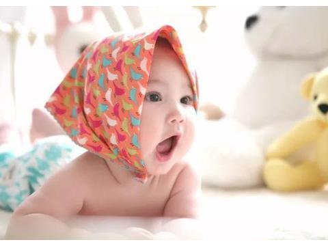 宝宝一岁半内,能完成五个大动作,说明身体健康+大脑发育得挺好