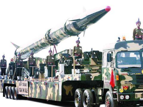 印度三军备战,核导弹从拉达克地区地洞拉出,严防第一轮被全消灭