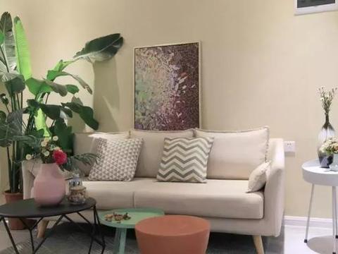 77平的简约风小户型二居室,独特的格局也是很少见